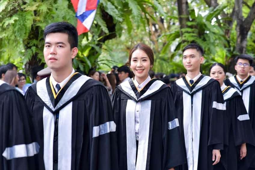 泰国博仁大学毕业难吗?